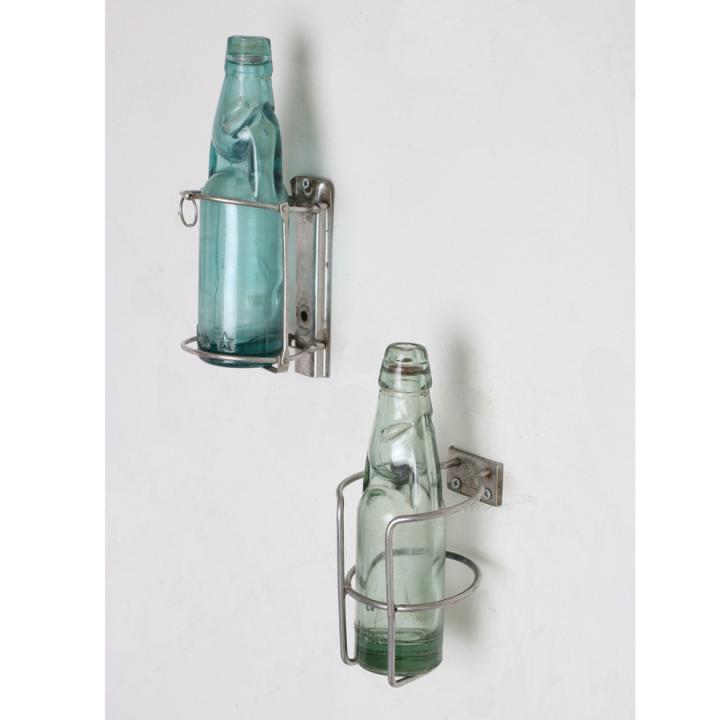 iron bottle stand.jpg