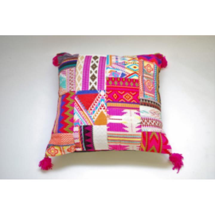 roze kussen patchwork boho vierkant pink cushion